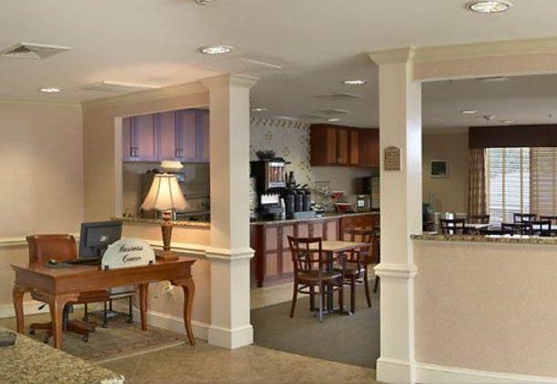 Fairfield Inn - Lobby - Business Center