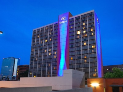 Hilton Knoxville Hotel Exterior at Night