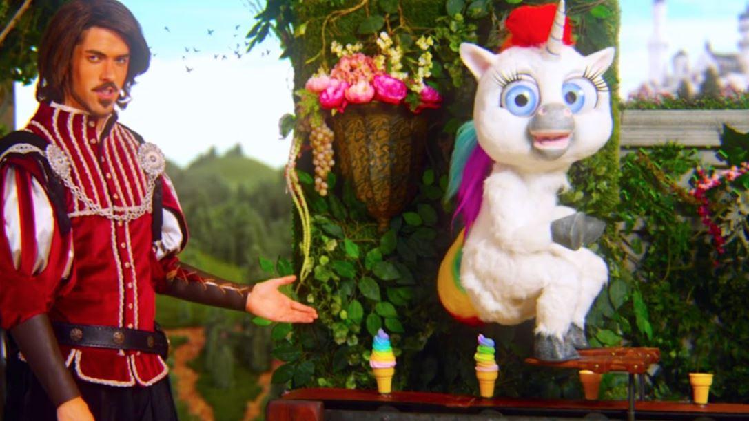 Squatty Potty - Prince and Unicorn