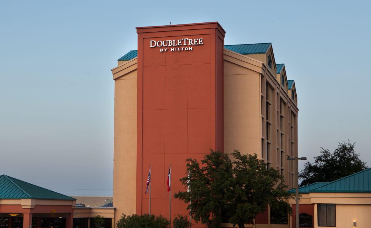 doubletree-hilton-dfw